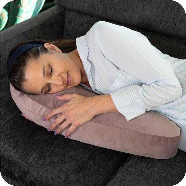 Avana Uno Snuggle Pillow